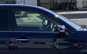 車サイドビュー写真